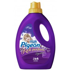 Кондиционер для белья PIGEON RICH PERFUME SIGNATURE Hi-Enriched Fabric Softener Mistic Rain (Bottle 2000)