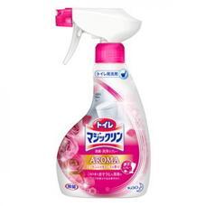 KAO Toilet Magiclean Чистящий спрей-пенка с противогрибковым эффектом для ванны с ароматом розы 380 мл